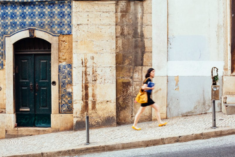 2 Simple Tips to Lose Weight Walking - Walking Uphill