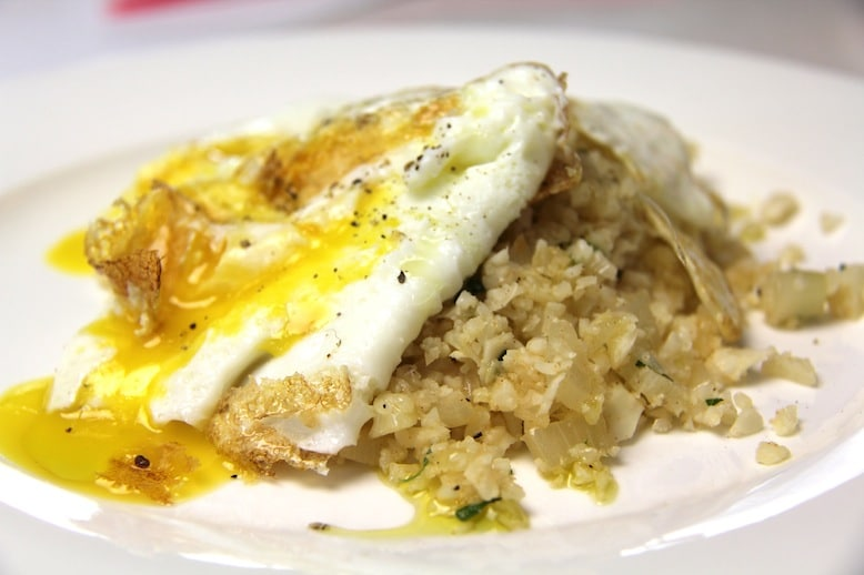 The All-Day Fat Burning Diet - Cauliflower Meet Eggs Recipe