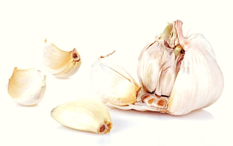 How to Lower Blood Pressure Naturally - Garlic