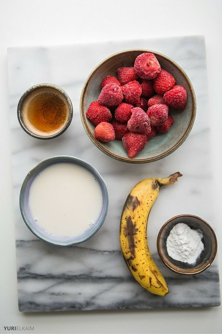 Banana and Strawberry Smoothie Ingredients