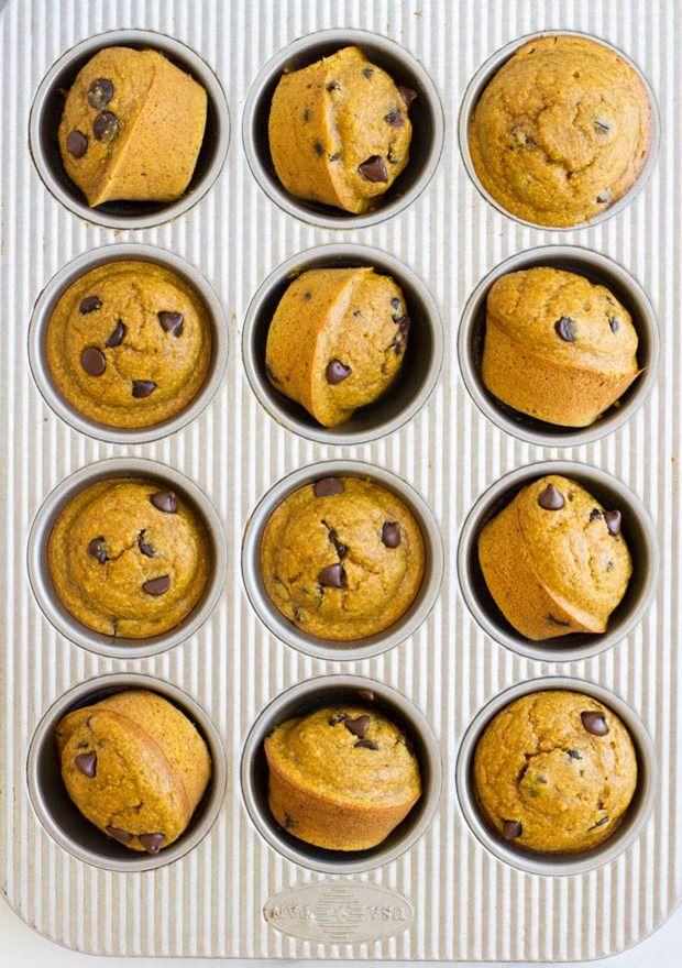 healthy-flourless-pumpkin-muffins-via-making-thyme-for-health