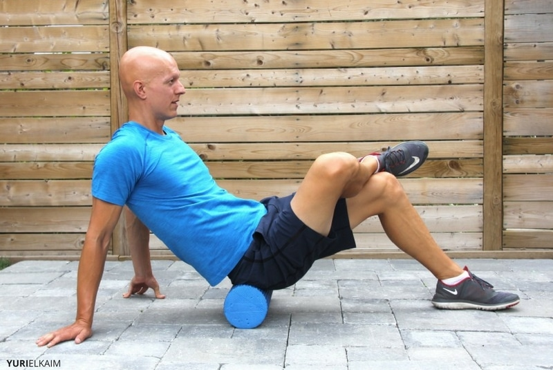 Foam rolling the glutes