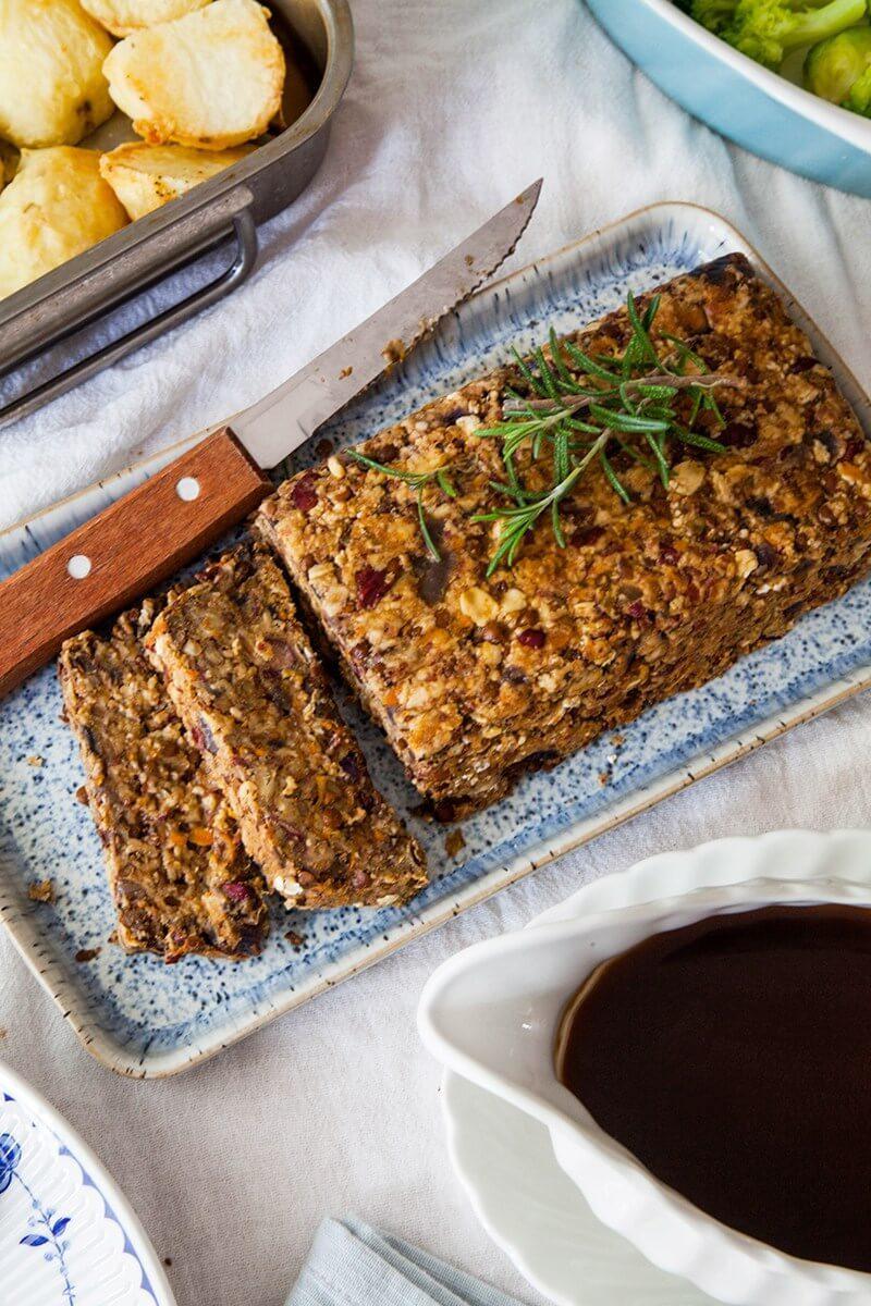 lentil-roast-with-balsamic-onion-gravy-via-wallflower-kitchen