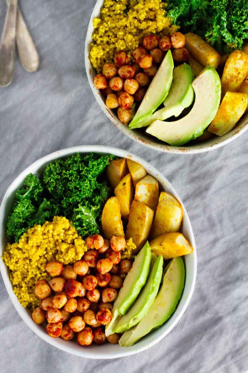 vegan-turmeric-quinoa-power-bowls-via-jar-of-lemons