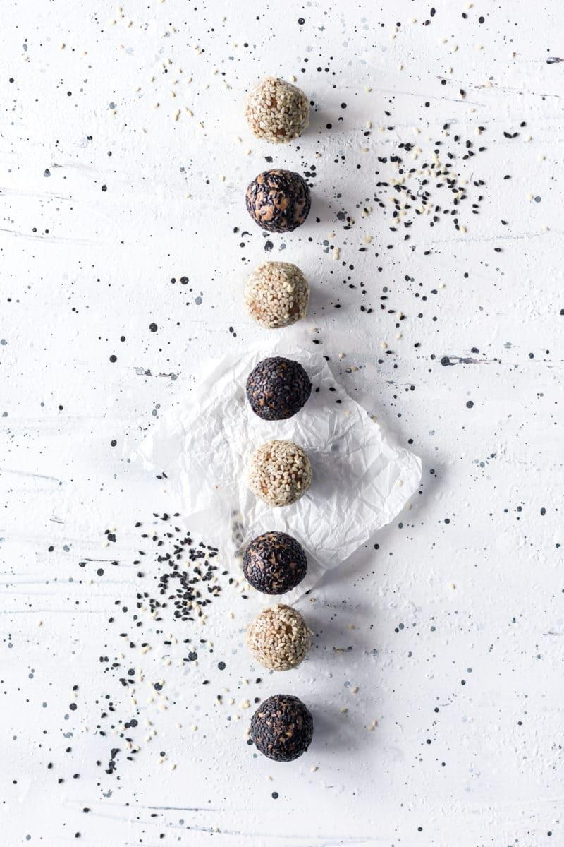 Chocolate Tahini Protein Energy Balls (10 Minutes)