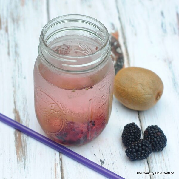 Kiwi Blackberry Infused Water via The Country Chic Cottage