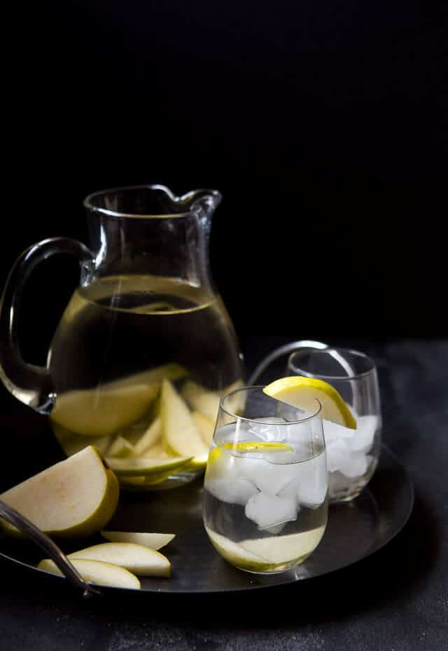 Vanilla Pear Infused Water via A Zesty Bite
